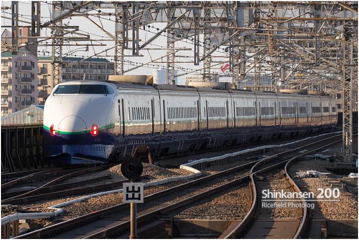 新幹線200系.jpg